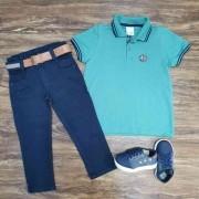 Calça Azul Marinho com Camisa Polo Verde