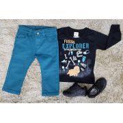 Calça Azul Petróleo com Camiseta Manga Longa