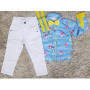 Calça Branca com Suspensório e Camisa Baby Shark com Gravata