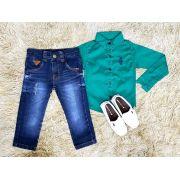 Calça Jeans com Camisa Manga Longa Verde