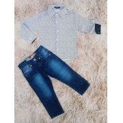 Calça Jeans com Camisa Social Manga Longa
