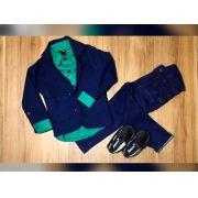 Calça Jeans com Camisa Social Verde e Blazer