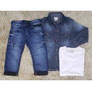 Calça Jeans com Camiseta Branca e Camisa Jeans