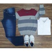 Calça Jeans com Polo e Suéter Listrado