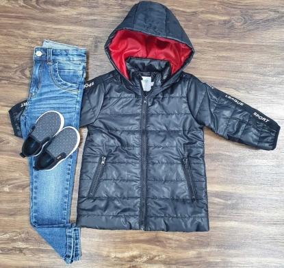 Calça Jeans e Jaqueta Preta com Vermelha