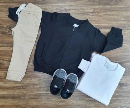 Calça Jogger com Camiseta Branca e Jaqueta Moletom Preta