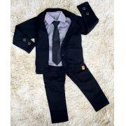 Calça Preta com Blazer e Camisa Social com Gravata
