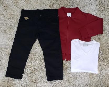 Calça Preta com Camiseta Branca e Jaqueta Moletom