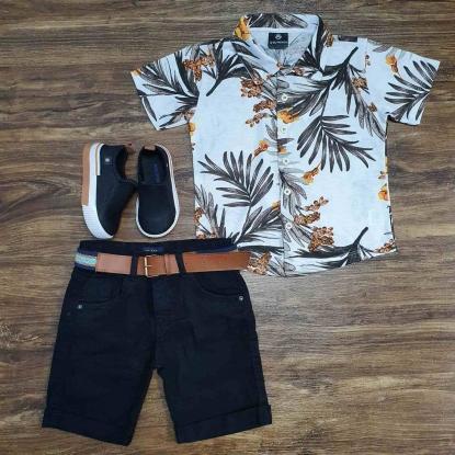 Camisa Floral com Bermuda Preta Infantil