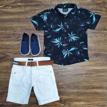 Camisa Floral Preta com Bermuda Branca Infantil