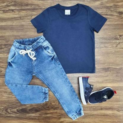 Camiseta Azul Marinho Básica com Calça Jogger Infantil
