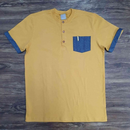 Camiseta Bata Amarela com Bolso Infantil