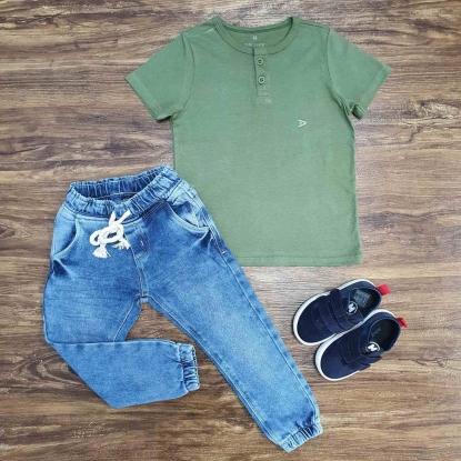 Camiseta Bata Verde com Calça Jogger Infantil