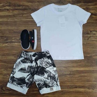Camiseta Branca com Bermuda Branca Folhas Infantil