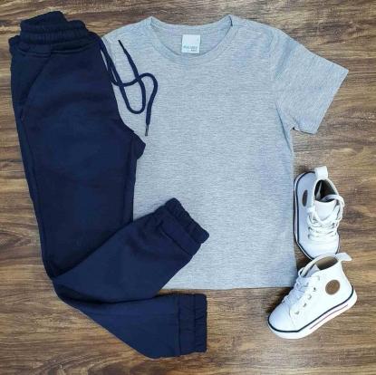 Camiseta Básica Cinza com Calça Moletom Infantil