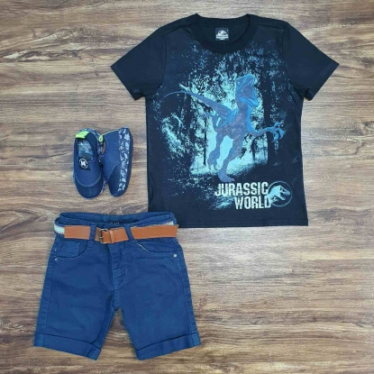 Camiseta Jurassic World com Bermuda Azul Infantil