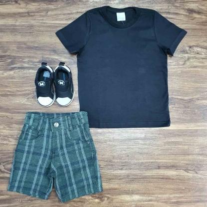 Camiseta Preta com Bermuda Quadriculada Infantil