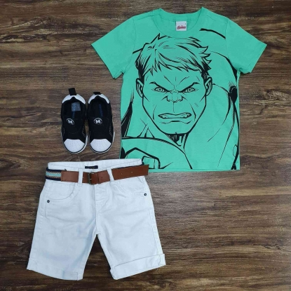 Camiseta Verde Hulk com Bermuda Branca Infantil