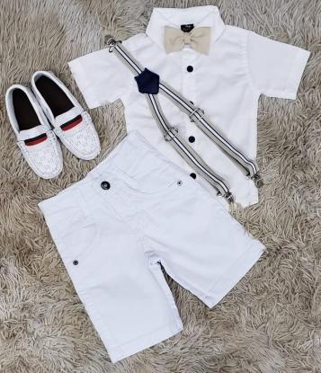 Bermuda Branca com Suspensório e Camisa Branca com Gravata