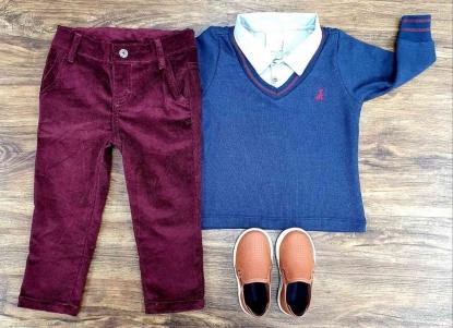 Conjunto Calça Vinho com Suéter Azul Marinho