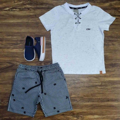 Conjunto Camiseta Bata Branca com Bermuda Infantil