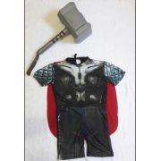 Fantasia Thor com Machado