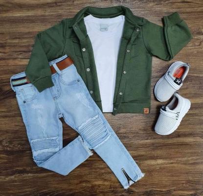 Jaqueta Verde com Camiseta e Calça Jeans Infantil