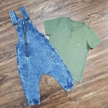 Jardineira Jeans com Zíper e Camiseta Bata Infantil