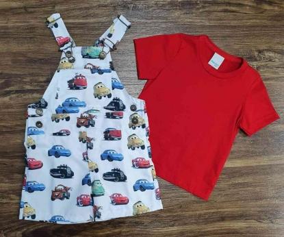 Look Carros com Camiseta Vermelha Infantil