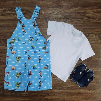Look Jardineira Toy Story com Camiseta Branca Infantil