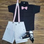 Look Mundo Bita - Bermuda Preta com Suspensório e Camisa Branca com Gravata