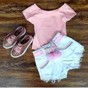Shorts Branco com Body Rosa