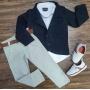 Calça Creme com Camisa Social Branca e Blazer Preto