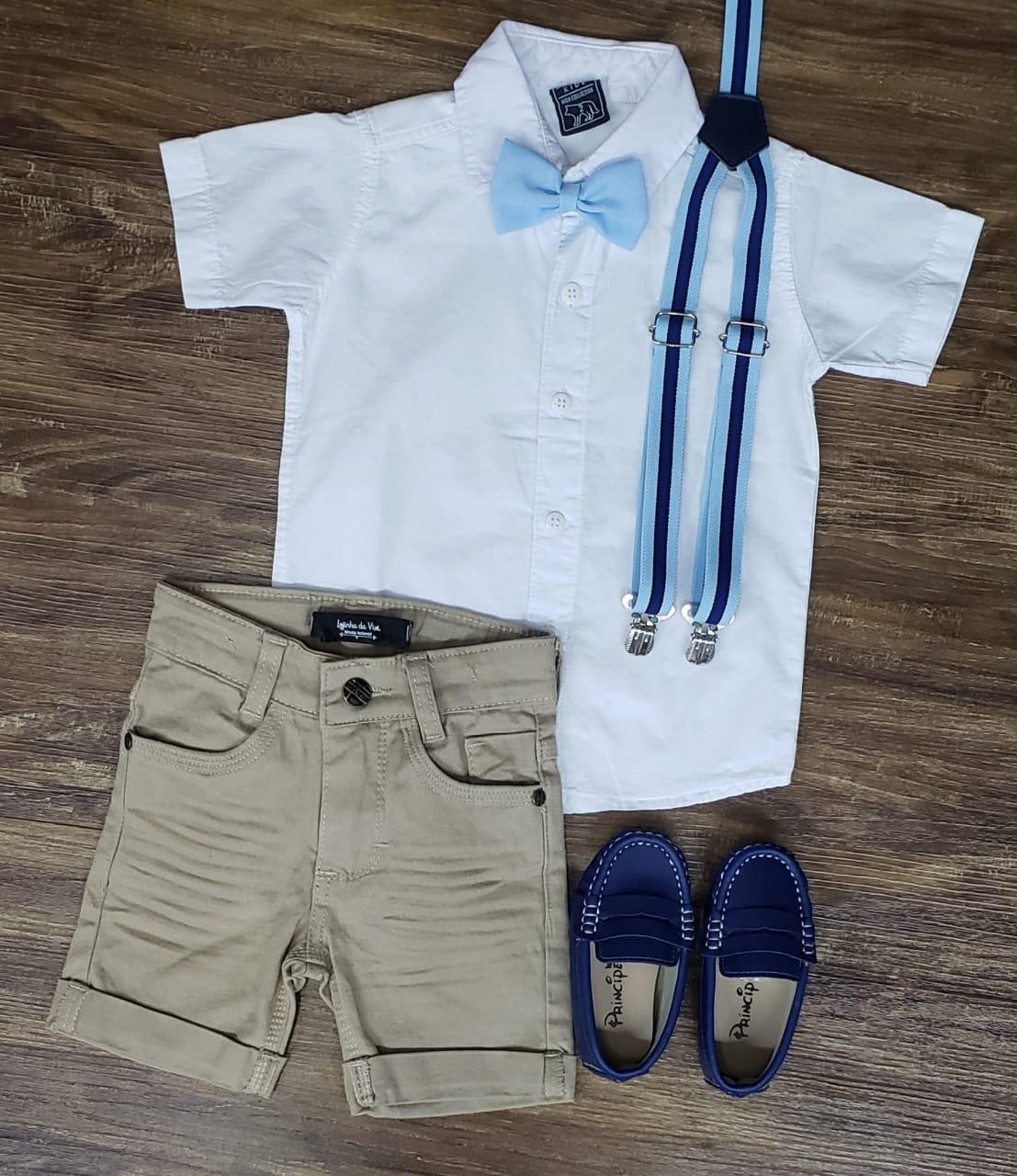 Bermuda Areia com Suspensório e Camisa com Gravata