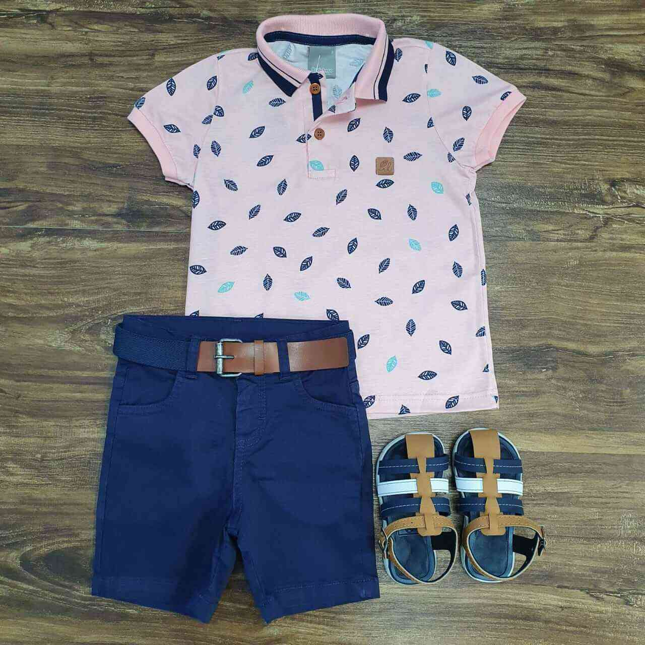 Bermuda Azul com Camisa Polo Rosa Infantil