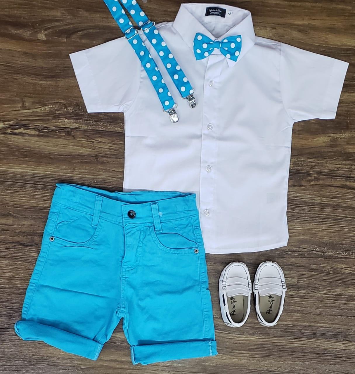 Bermuda Azul com Suspensório e Camisa com Gravata