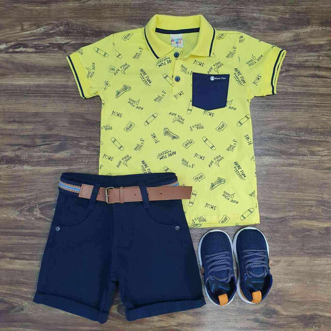 Bermuda Azul Marinho com Camisa Polo Amarela com Bolso Infantil