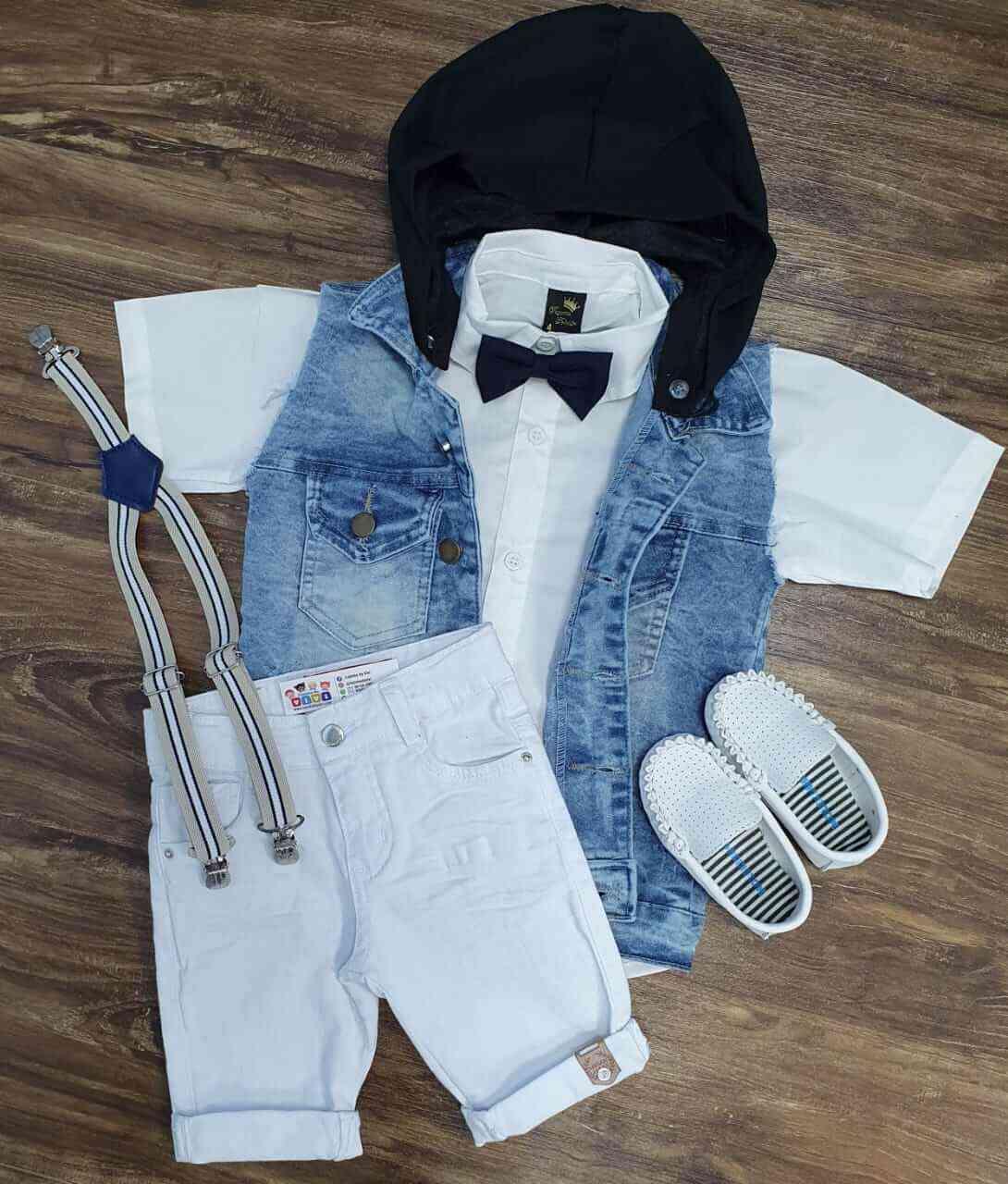 Bermuda Branca com Camisa e Colete com Capuz Infantil