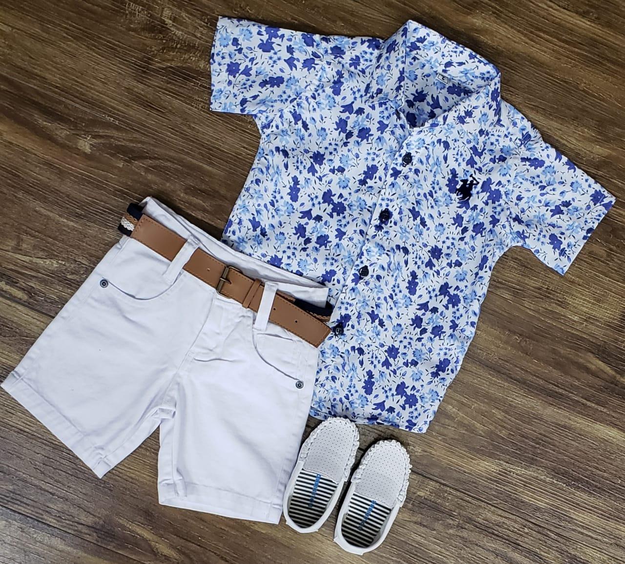 Bermuda Branca com Camisa Social Floral
