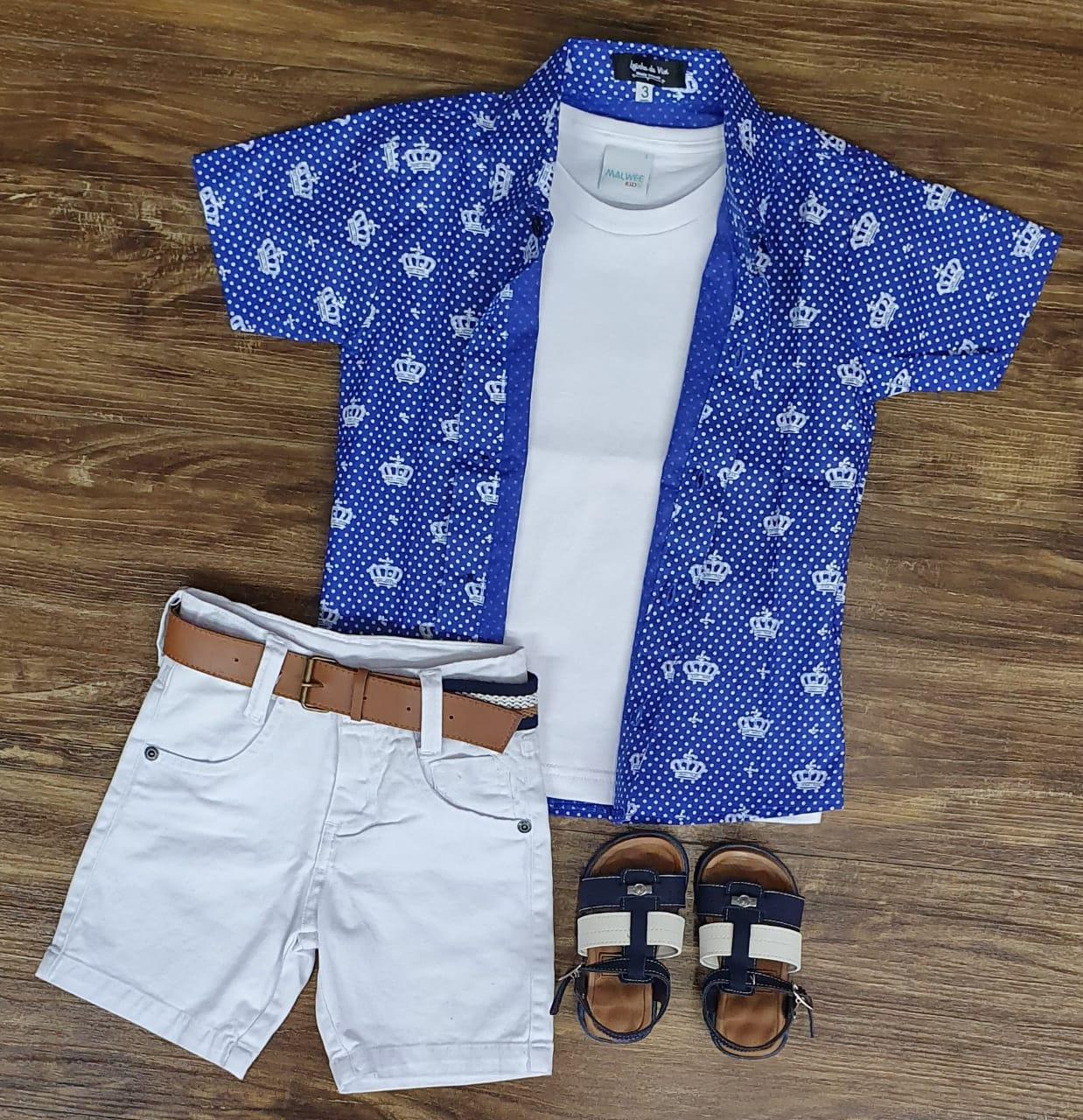 Bermuda Branca com Camiseta e Camisa Azul Coroa
