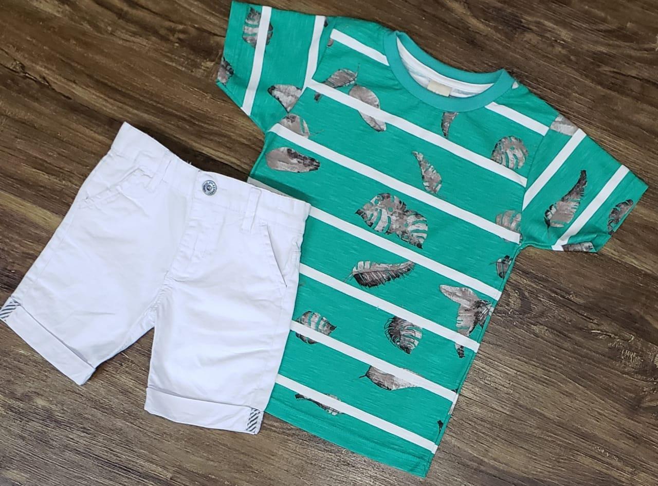 Bermuda Branca com Camiseta Verde Floral Infantil