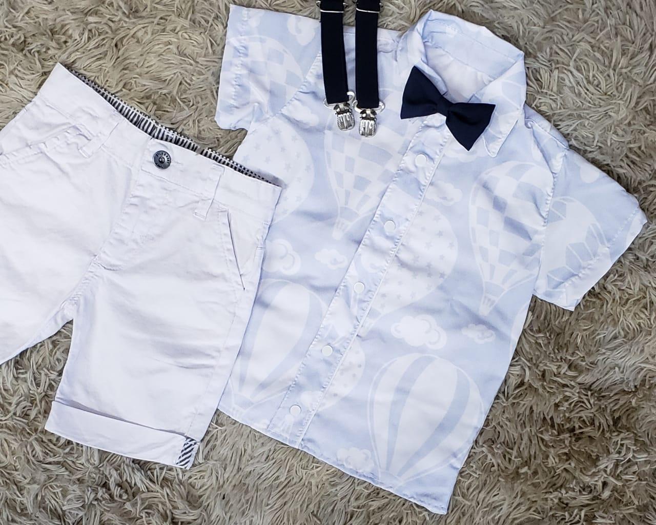 Bermuda Branca com Suspensório e Camisa Balões com Gravata
