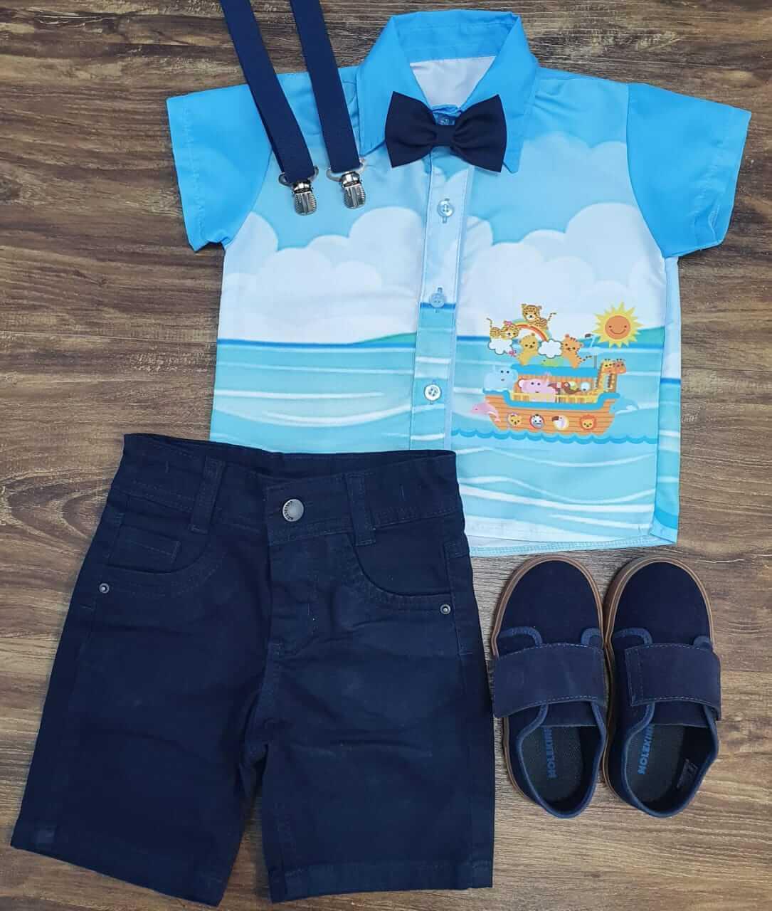Bermuda com Suspensório e Camisa Arca De Noé com Gravata Infantil