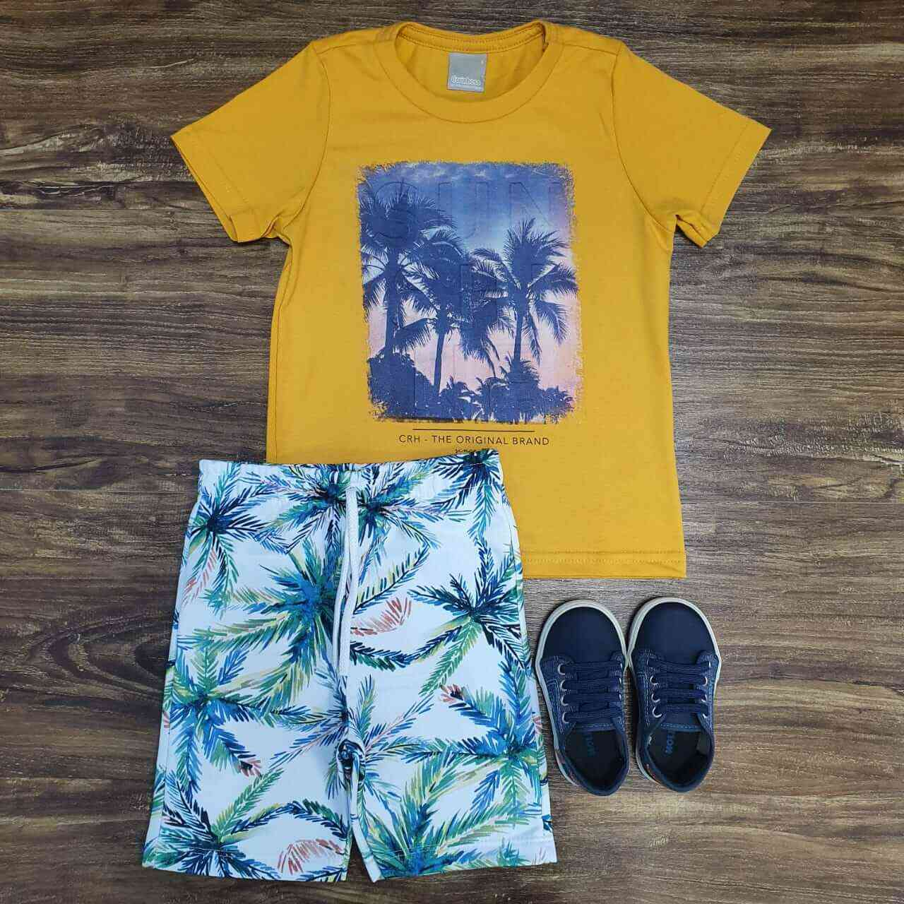 Bermuda Floral com Camiseta Amarela Infantil