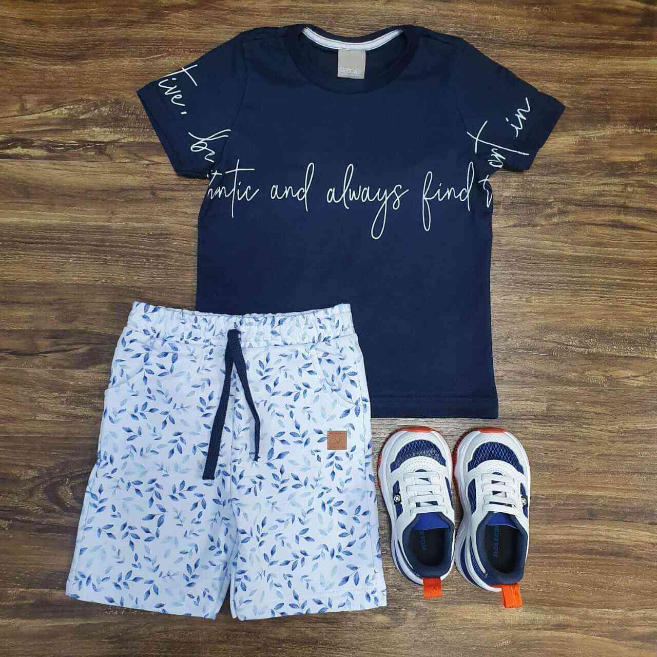 Bermuda Floral com Camiseta Azul Marinho Infantil