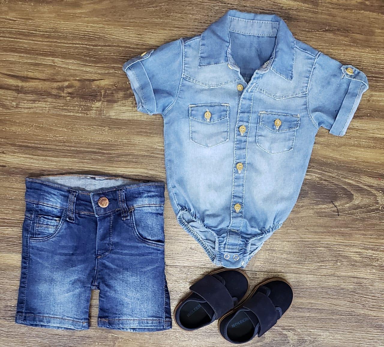 Bermuda Jeans com Body Jeans