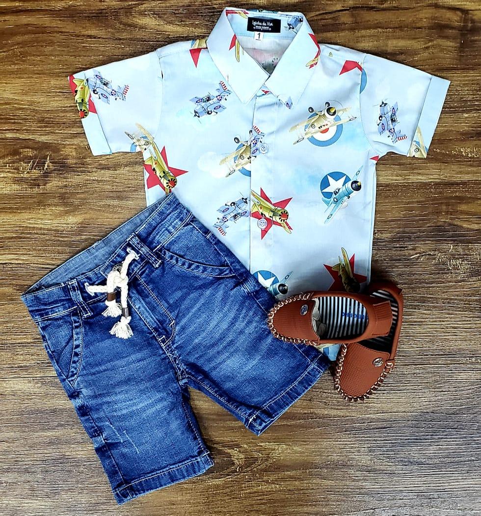 Bermuda Jeans com Camisa Aviões