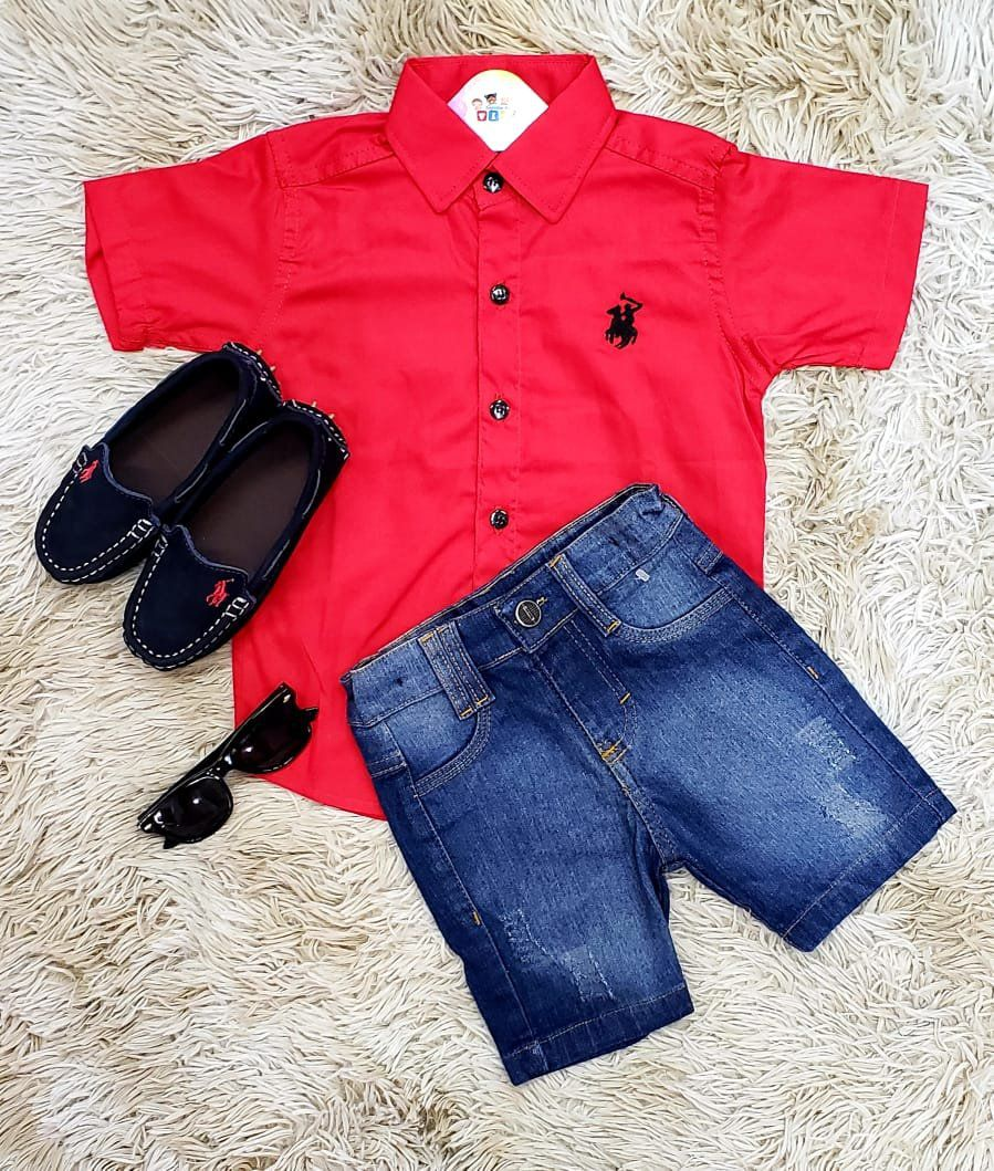 Bermuda Jeans com Camisa Social Manga Curta Vermelha