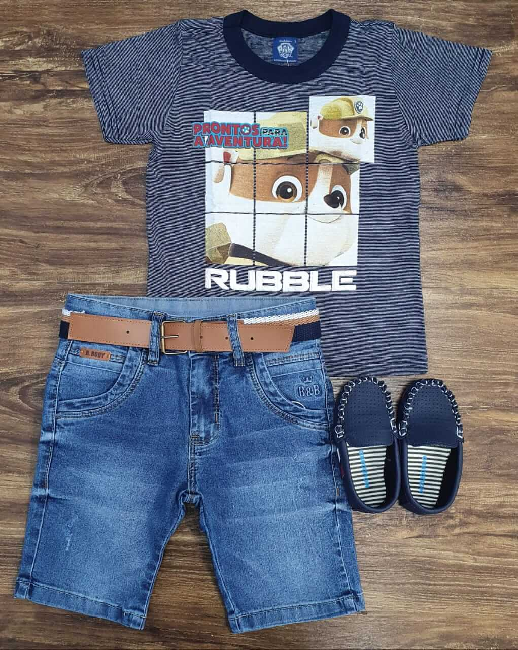 Bermuda Jeans com Camiseta Patrulha Canina