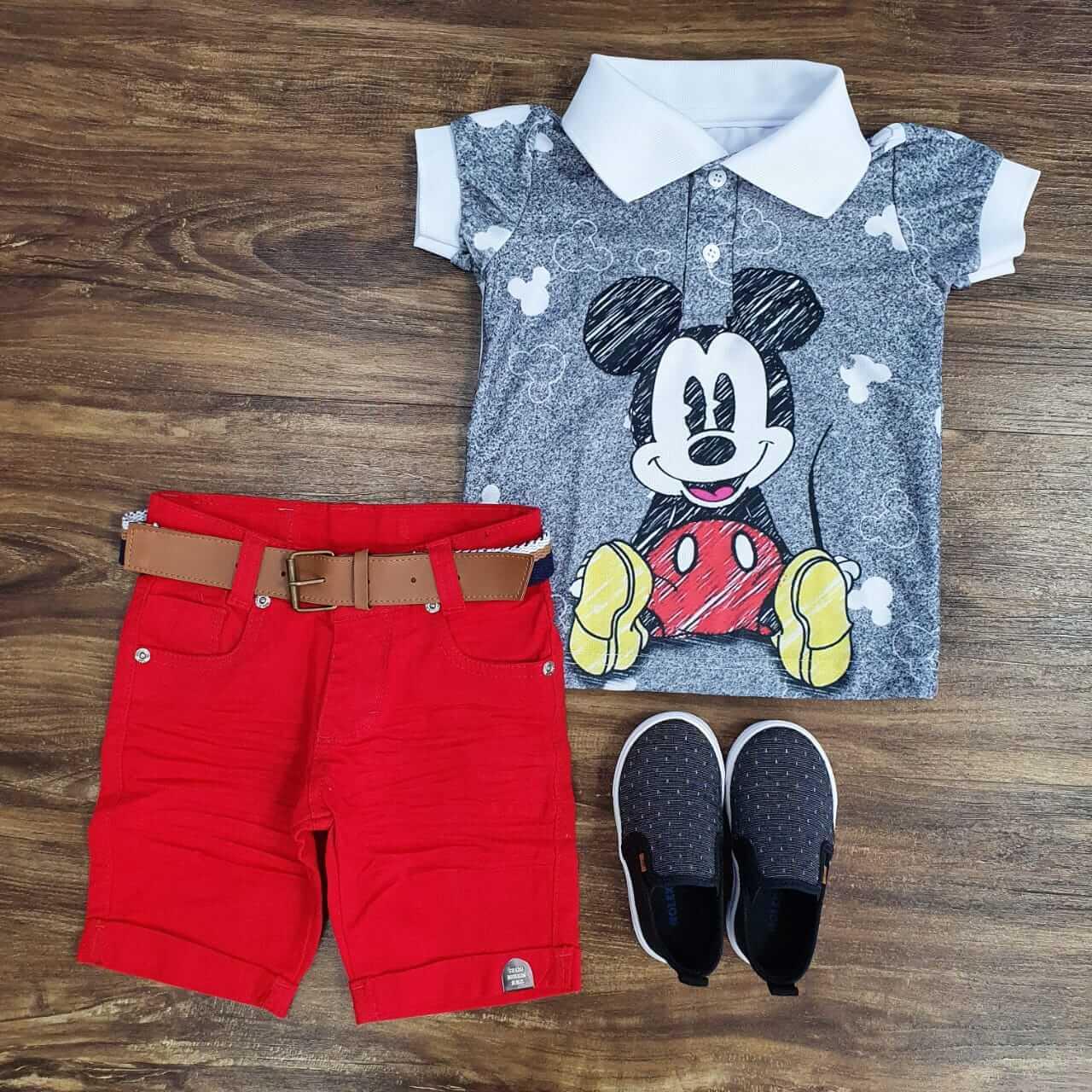 Bermuda Jeans com Cinto e Polo Mickey Infantil